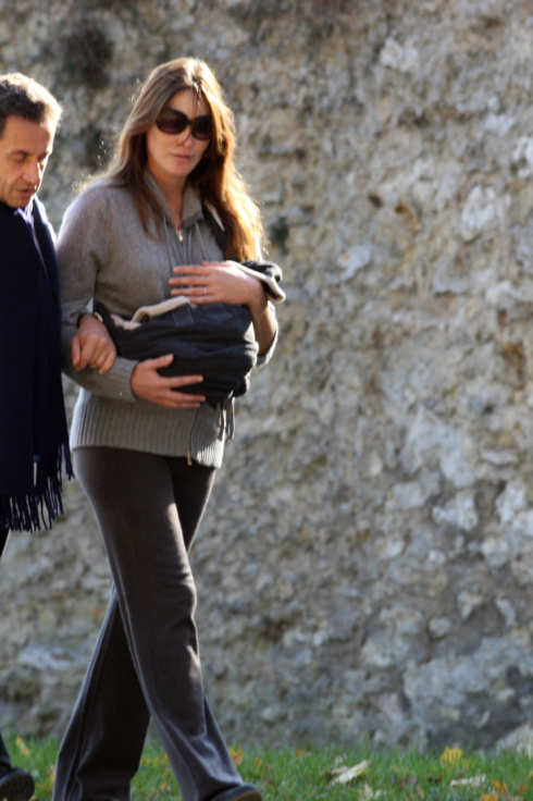 French president Nicolas Sarkozy enjoys a walk with his wife Carla at La Lanterne park in Versailles, France. <P> Pictured: Nicolas Sarkozy and Carla Bruni <P> <B>Ref: SPL330769  311011  </B><BR/> Picture by: Splash News<BR/> </P><P> <B>Splash News and Pictures</B><BR/> Los Angeles:310-821-2666<BR/> New York:212-619-2666<BR/> London:870-934-2666<BR/> photodesk@splashnews.com<BR/> </P>