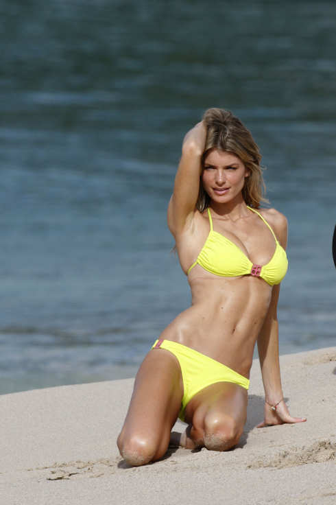 Marisa Miller shooting Victoria's Secret swimwear at Flamands Beach, St Barthelemy, in the Caribbean. <P> Pictured: Marisa Miller <P> <B>Ref: SPL70700  190109 </B><br> Picture by:  Splash News </P><P> <B>Splash News and Pictures</B><br> Los Angeles: 310-821-2666<br> New York: 212-619-2666<br> London: 870-934-2666<br> photodesk@splashnews.com<br> </P>