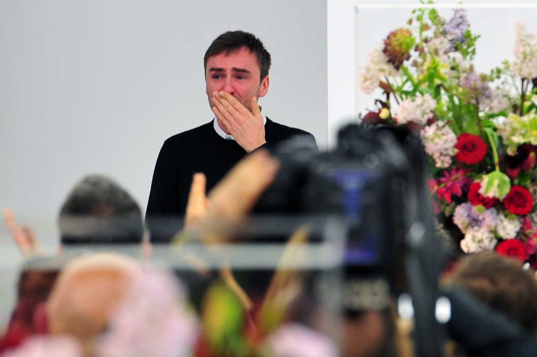 Raf Simons blows a kiss to the audience