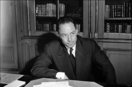 TO GO WITH STORY BY JEAN-MICHEL STOULLIG