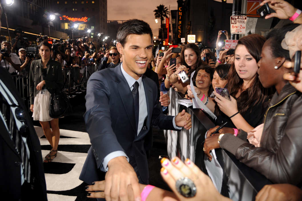 HOLLYWOOD, CA - SEPTEMBER 15: Taylor Lautner enter caption here at Grauman's Chinese Theatre on September 15, 2011 in Hollywood, California. (Photo by Jeff Kravitz/FilmMagic)