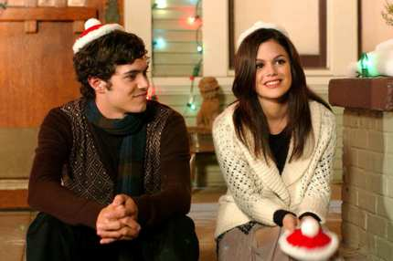 "THE O.C.:  Seth (Adam Brody, L) and Summer (Rachel Bilson, R) bask in the warm glow of the holiday on THE O.C. episode ""The Chrismukkah that Almost Wasn't"" airing Thursday, Dec. 16 (8:00-9:00 PM ET/PT) on FOX."
