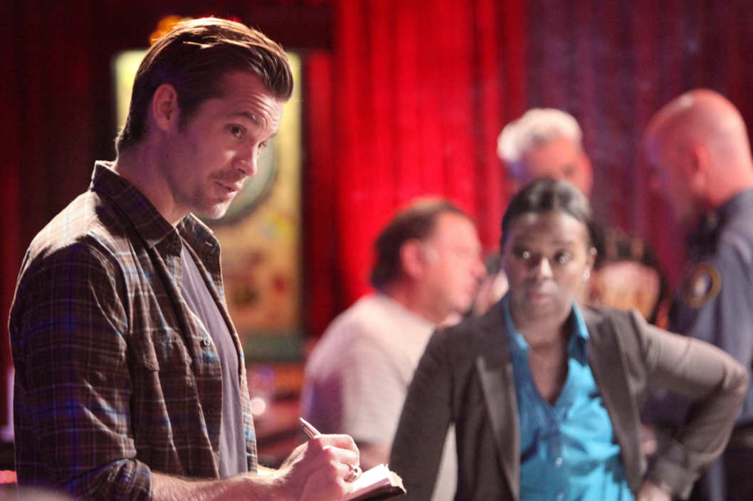JUSTIFIED: Episode 5: Thick as Mud (Airs February 14, 10:00 pm e/p). L-R: Timothy Olyphant and Erica Tazel.