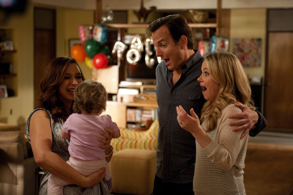 "UP ALL NIGHT -- ""First Birthday"" Episode 117 -- Pictured: (l-r) Maya Rudolph as Ava, Will Arnett as Chris, Christina Applegate as Reagan."
