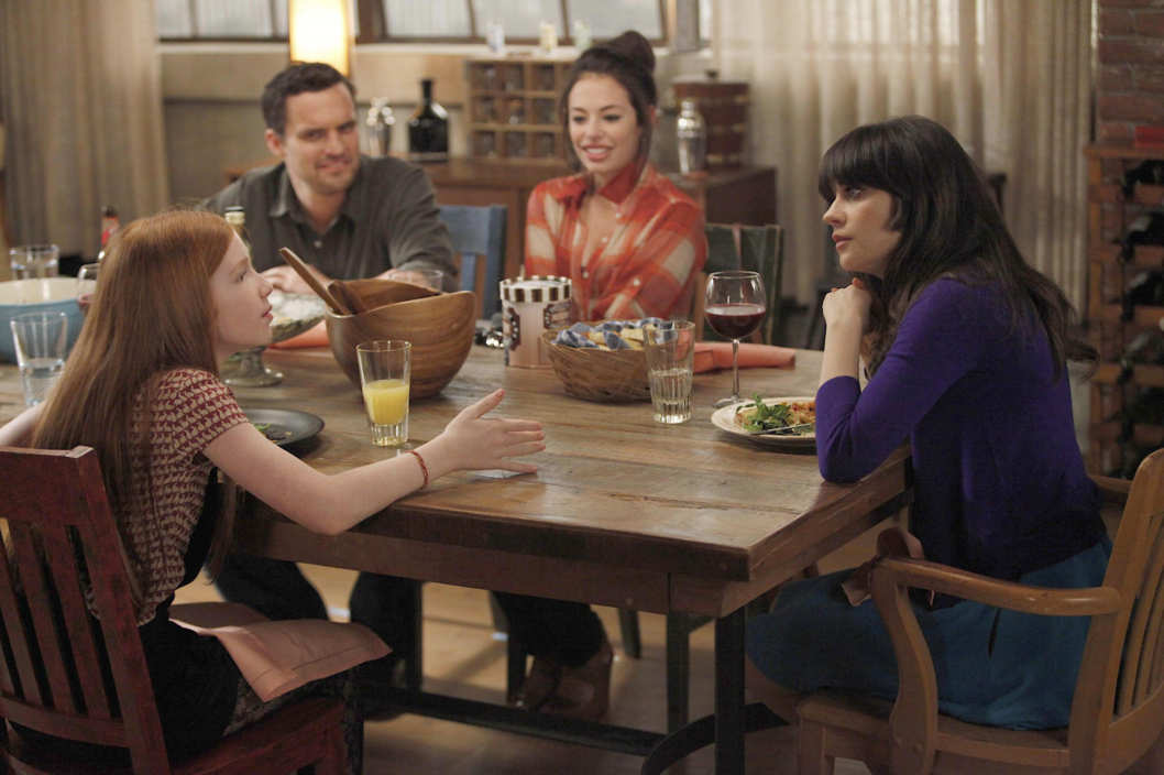 "Russell's daughter (guest star Annalise Basso, L) develops a teenage crush on Nick  (Jake Johnson, second from L) when Jess (Zooey Deschanel, R) babysits her for the weekend in the ""Kids"" episode of NEW GIRL airing Tuesday, April 17 (9:00-9:31 PM ET/PT) on FOX. Also pictured:  Guest-star Chloe Bridges (second from R)."