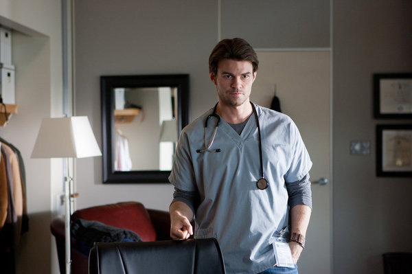 "SAVING HOPE -- ""Pilot"" Ep 101 -- Pictured: Daniel Gillies as Dr. Joel Goran"