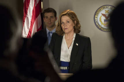 POLITICAL ANIMALS -- Pilot -- Pictured: (l-r) James Wolk as Doug Hammond, Sigourney Weaver as Elaine Barrish