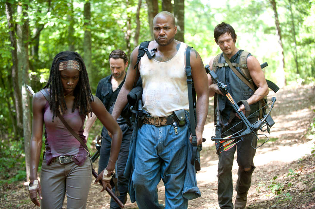 Michonne (Danai Gurira), Rick Grimes (Andrew Lincoln), Oscar (Vincent Ward) and Daryl Dixon (Norman Reedus) - The Walking Dead - Season 3, Episode 7