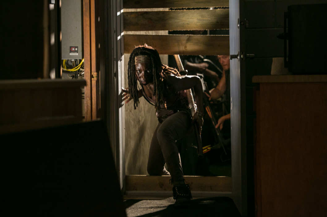 Michonne (Danai Gurira) - The Walking Dead - Season 3, Episode 8 .
