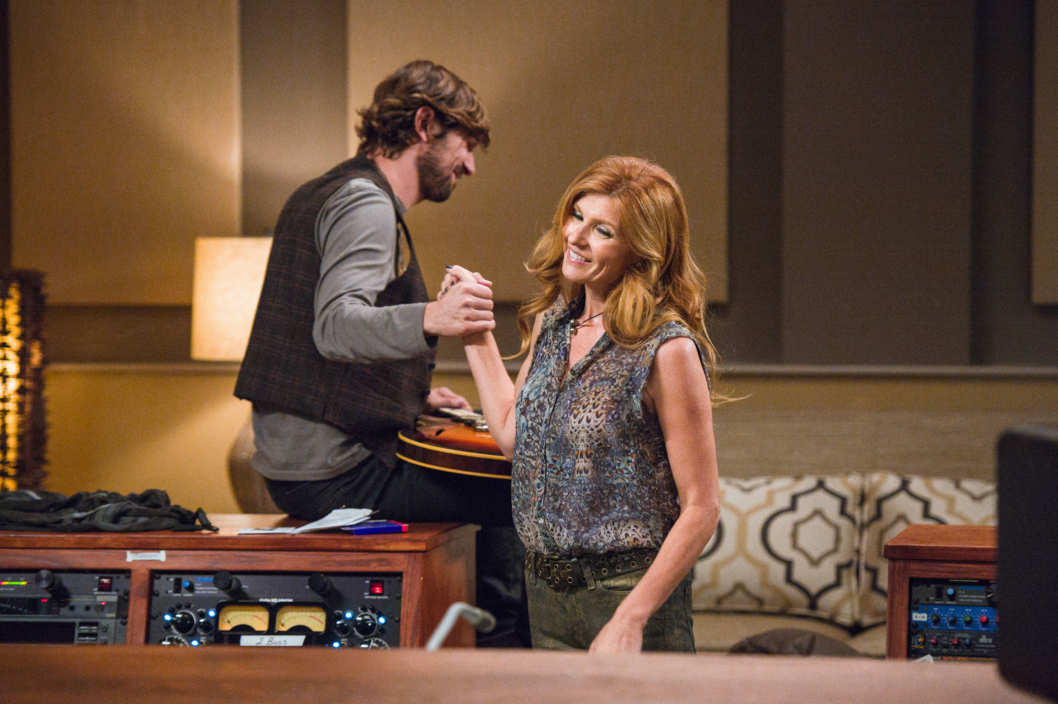 "NASHVILLE - ""Be Careful of Stones That You Throw"" - Rayna and Juliette are locked for their tour. When Rayna suggests taking her girls with her, she finds that Lamar's not above holding her hostage with some long forgotten family secrets. To everyone's surprise Juliette and Sean have eloped, though not everyone is celebrating. Deacon reconnects with a former flame, and Avery follows the advice of a new music producer that puts more space between him, the band and Scarlett, on ""Nashville."""