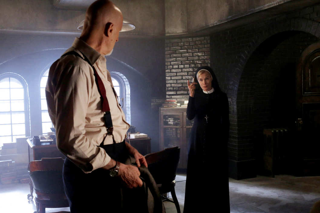 AMERICAN HORROR STORY Nor'easter -- Episode 203, Wednesday, October 31, 10:00 pm e/p) -- Pictured: (L-R) James Cromwell as Dr. Arthur Arden, Jessica Lange as Sister Jude