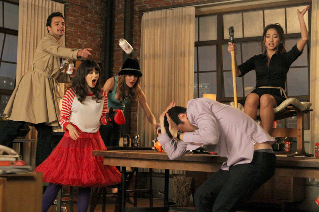 "NEW GIRL:  L-R:  Nick (Jake Johnson), Jess (Zooey Deschanel), Holly (guest star Brooklyn Decker), Schmidt (Max Greenfield) and Daisy (guest star Brenda Song) play a heated game of ""True American"" in the ""Cooler"" episode of NEW GIRL airing Tuesday, Jan. 29 (9:00-9:30 PM ET/PT) on FOX."