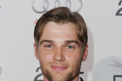 "HOLLYWOOD - NOVEMBER 06:  Actor Mike Vogel arrives at the ""Blue Valentine"" screening during AFI FEST 2010 presented by Audi held at Grauman's Chinese Theatre on November 6, 2010 in Hollywood, California.  (Photo by Alberto E. Rodriguez/Getty Images for AFI) *** Local Caption *** Mike Vogel"