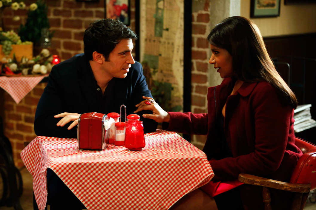 "THE MINDY PROJECT: Mindy (Mindy Kaling, R) and Danny (Chris Messina, L) dine at a pizzeria in the ""Harry & Mindy"" episode of THE MINDY PROJECT airing Tuesday, Feb. 5 (9:30-10:00 PM ET/PT)"