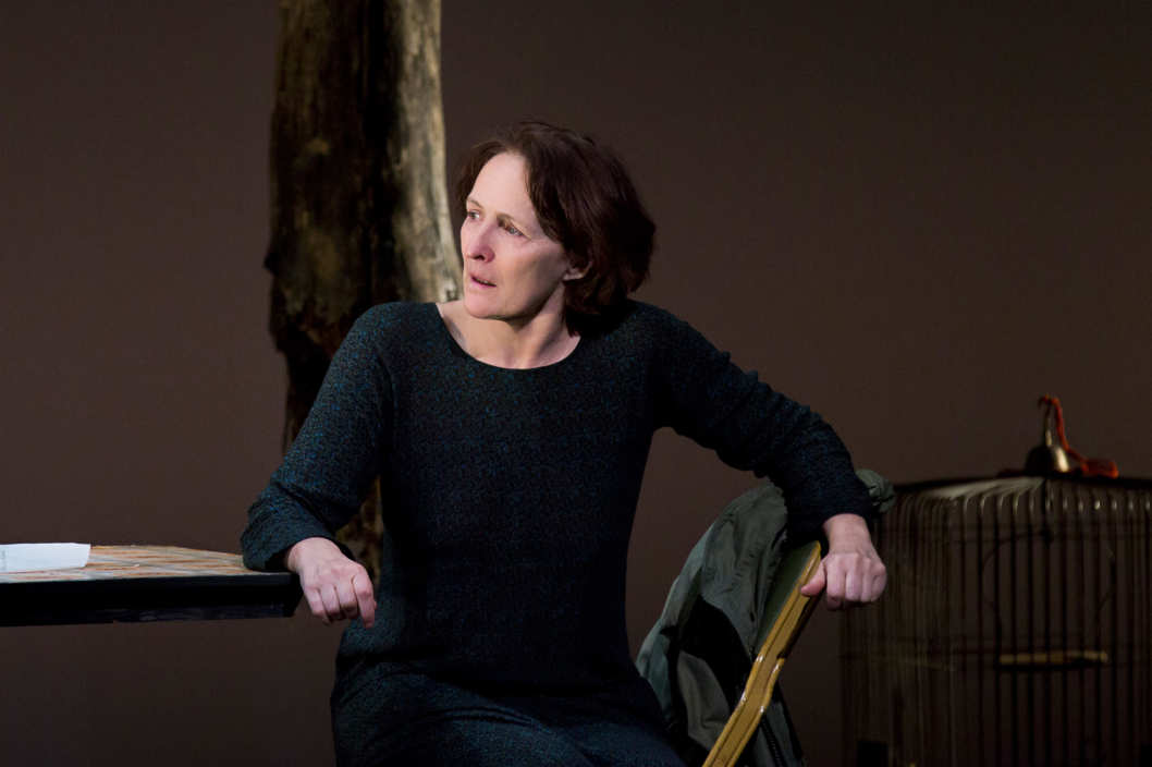 Fiona Shaw in The Testament of Mary By Colm T?ib?n Directed by Deborah Warner.