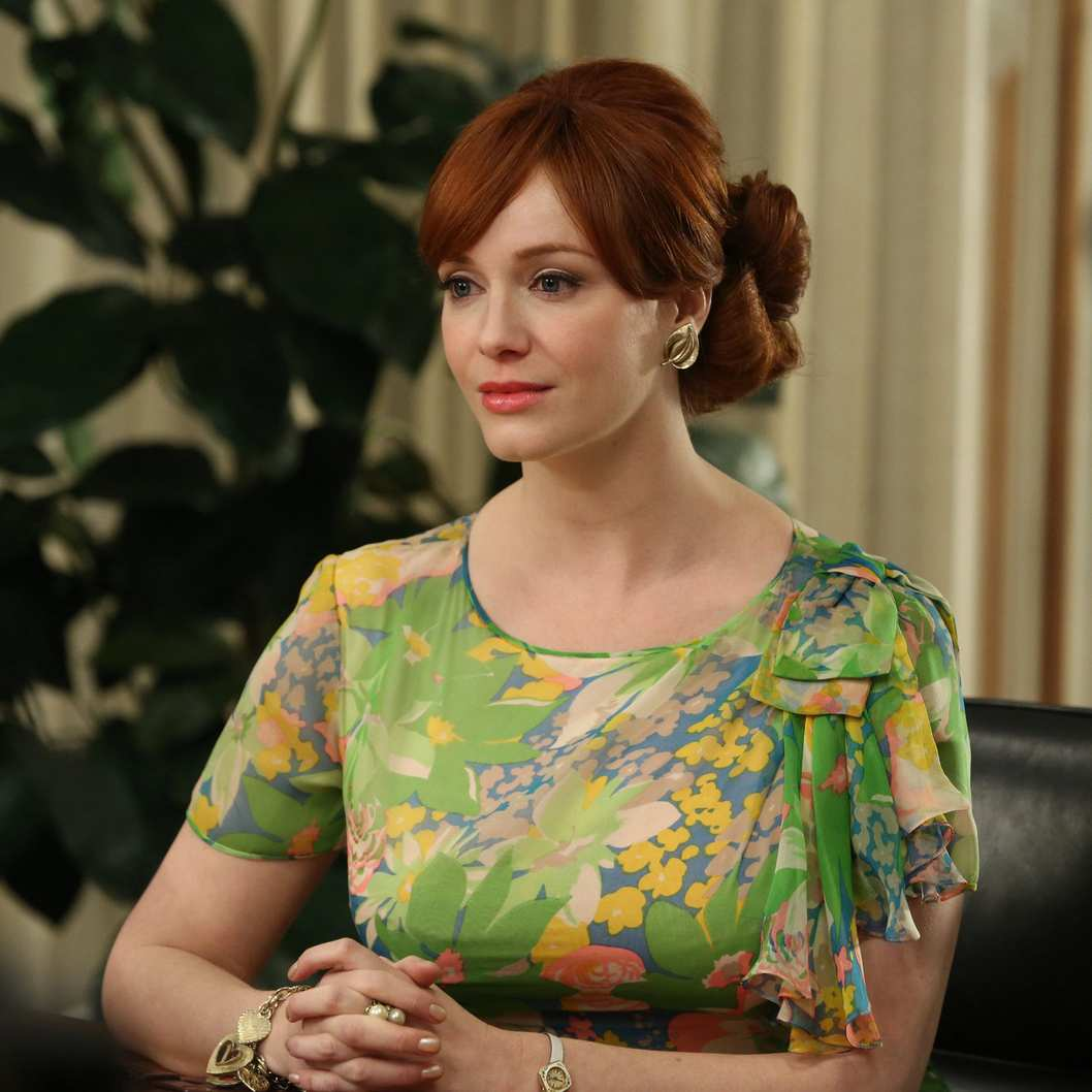 Joan Harris (Christina Hendricks) - Mad Man _ Season 6, Episode 10 _ 'A Tale of Two Cities' - Photo Credit: Michael Yarish/AMC