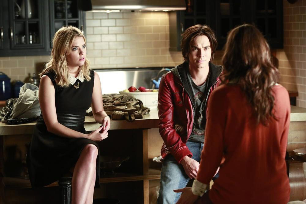 "PRETTY LITTLE LIARS - ""The Mirror Has Three Faces"" - Emily takes up residence amongst Ali's things? in ""The Mirror Has Three Faces,"" an all new episode of ABC Family's hit original series ""Pretty Little Liars,"" airing Tuesday, August 13th (8:00 - 9:00 PM ET/PT). (ABC FAMILY/Ron Tom) ASHLEY BENSON, TYLER BLACKBURN"