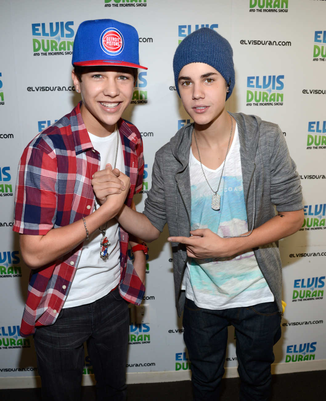 NEW YORK, NY - JUNE 21:  Austin Mahone and Justin Bieber visit The Elvis Duran Z100 Morning Show at Z100 Studio on June 21, 2012 in New York City.  (Photo by Kevin Mazur/WireImage)