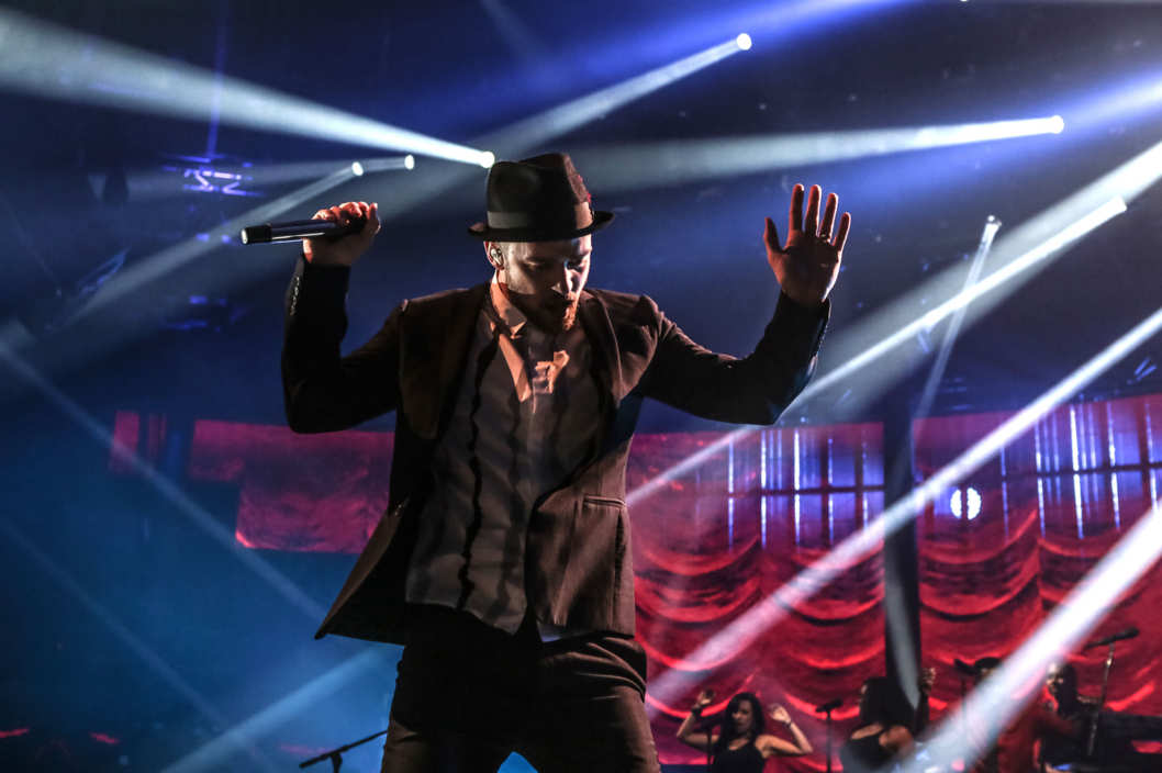 LONDON, UNITED KINGDOM - SEPTEMBER 29: Justin Timberlake performs on stage on Day 29 of iTunes Festival 2013 at The Roundhouse on September 29, 2013 in London, England. (Photo by Christie Goodwin/Redferns via Getty Images)