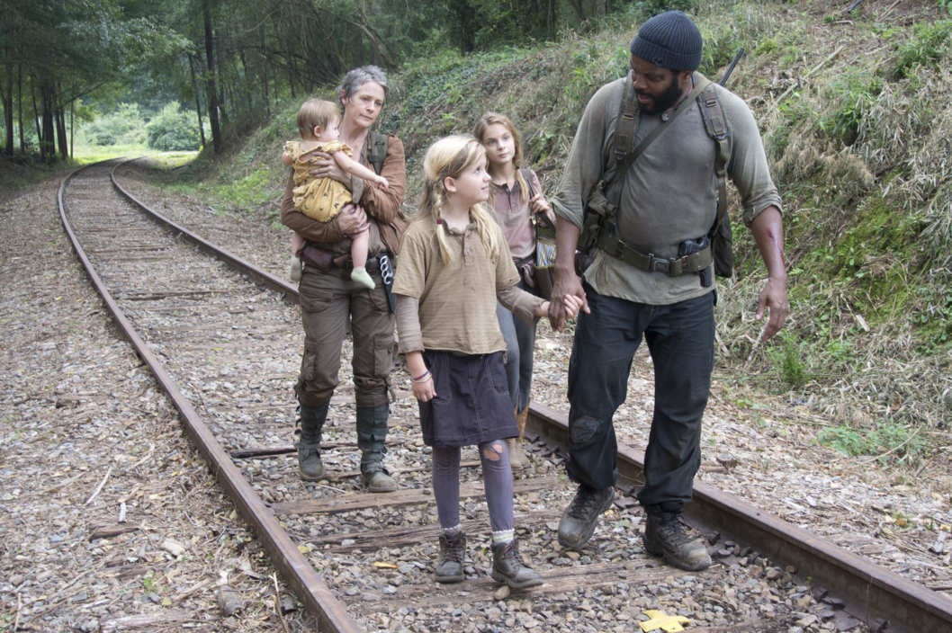 Carol (Melissa Suzanne McBride), Penny (Kylie Szymanski), Lizzie (Brighton Sharbino) and Tyreese (Chad Coleman) - The Walking Dead _ Season 4, Episode 10 - Photo Credit: Gene Page/AMC