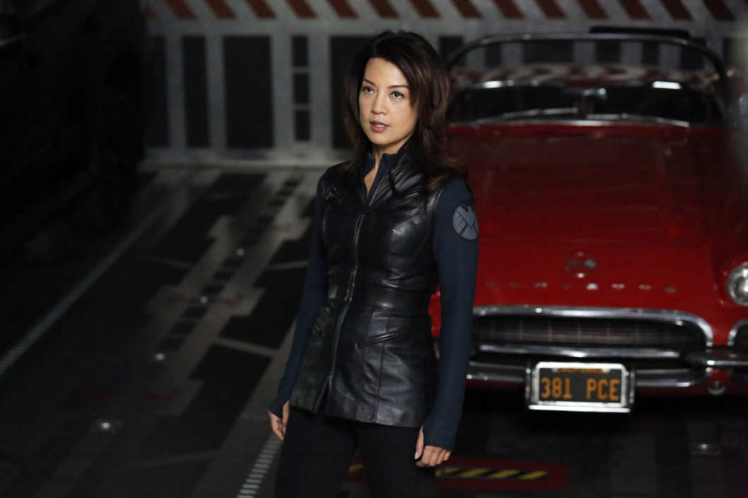 "MARVEL'S AGENTS OF S.H.I.E.L.D. - ""Turn, Turn, Turn"" - Coulson and his team find themselves without anyone they can trust, only to discover that they are trapped with a traitor in their midst, on ""Marvel's Agents of S.H.I.E.L.D."""