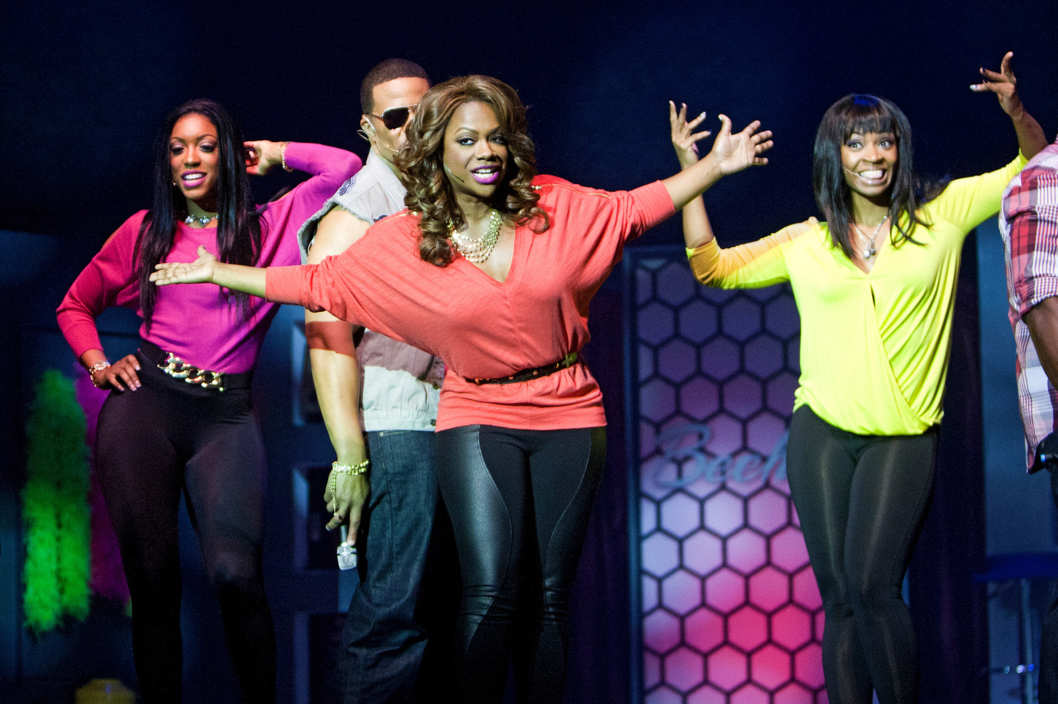 "THE REAL HOUSEWIVES OF ATLANTA -- ""The Final Curtain Call"" Episode 622 -- Pictured: (l-r) Porsha Stewart, Kandi Burruss -- (Photo by: Wilford Harewood/Bravo)."