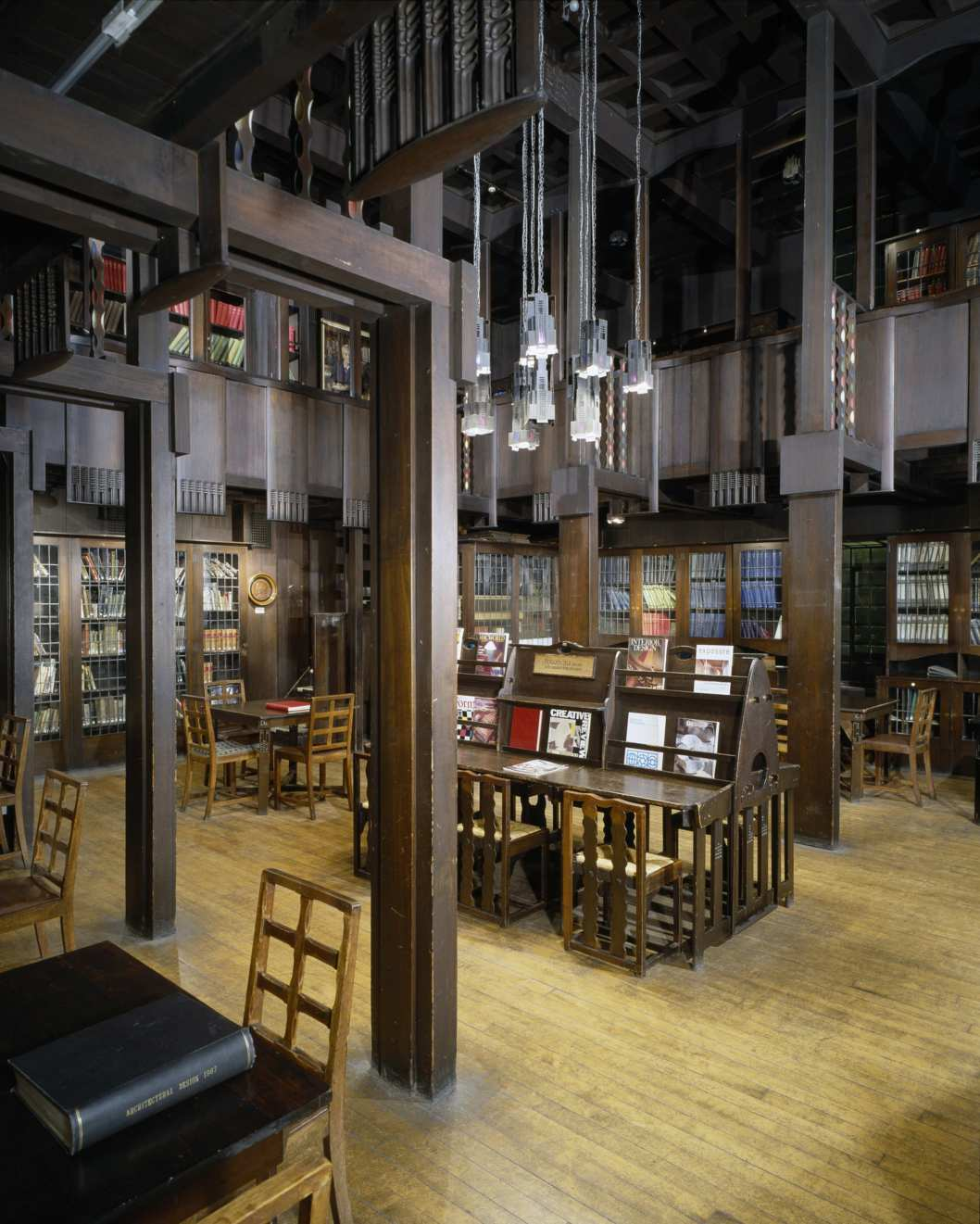 Glasgow School of Art, Scotland. The Library, 1907-1909. Architect: Charles Rennie Mackintosh.