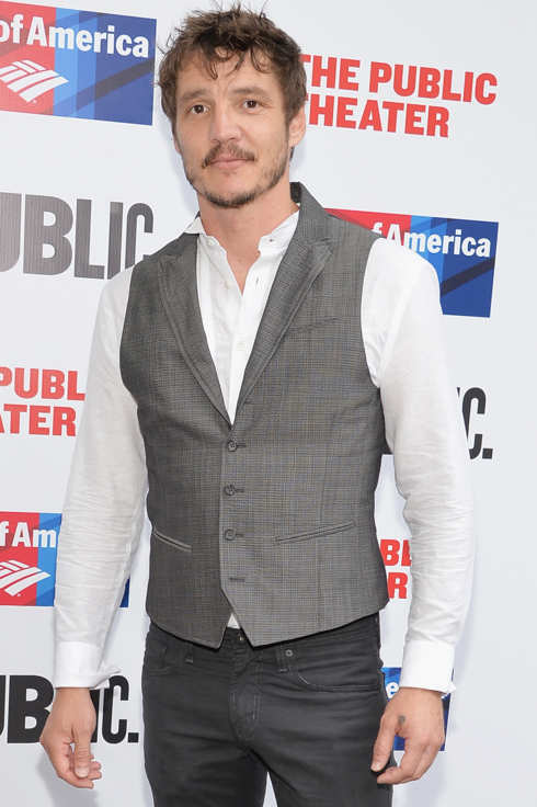 "NEW YORK, NY - JUNE 23:  Actor Pedro Pascal attends the Public Theater's 2014 Gala celebrating ""One Thrilling Combination"" on June 23, 2014 in New York, United States.  (Photo by Mike Coppola/Getty Images)"