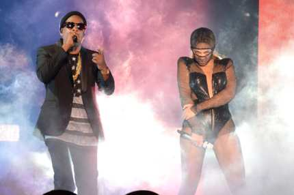 "MIAMI GARDENS, FL - JUNE 25:  Jay-Z and Beyonce perform during opening night of the ""On The Run Tour: Beyonce And Jay-Z"" at Sun Life Stadium on June 25, 2014 in Miami Gardens, Florida.  (Photo by Kevin Mazur/WireImage for Parkwood Entertainment)"