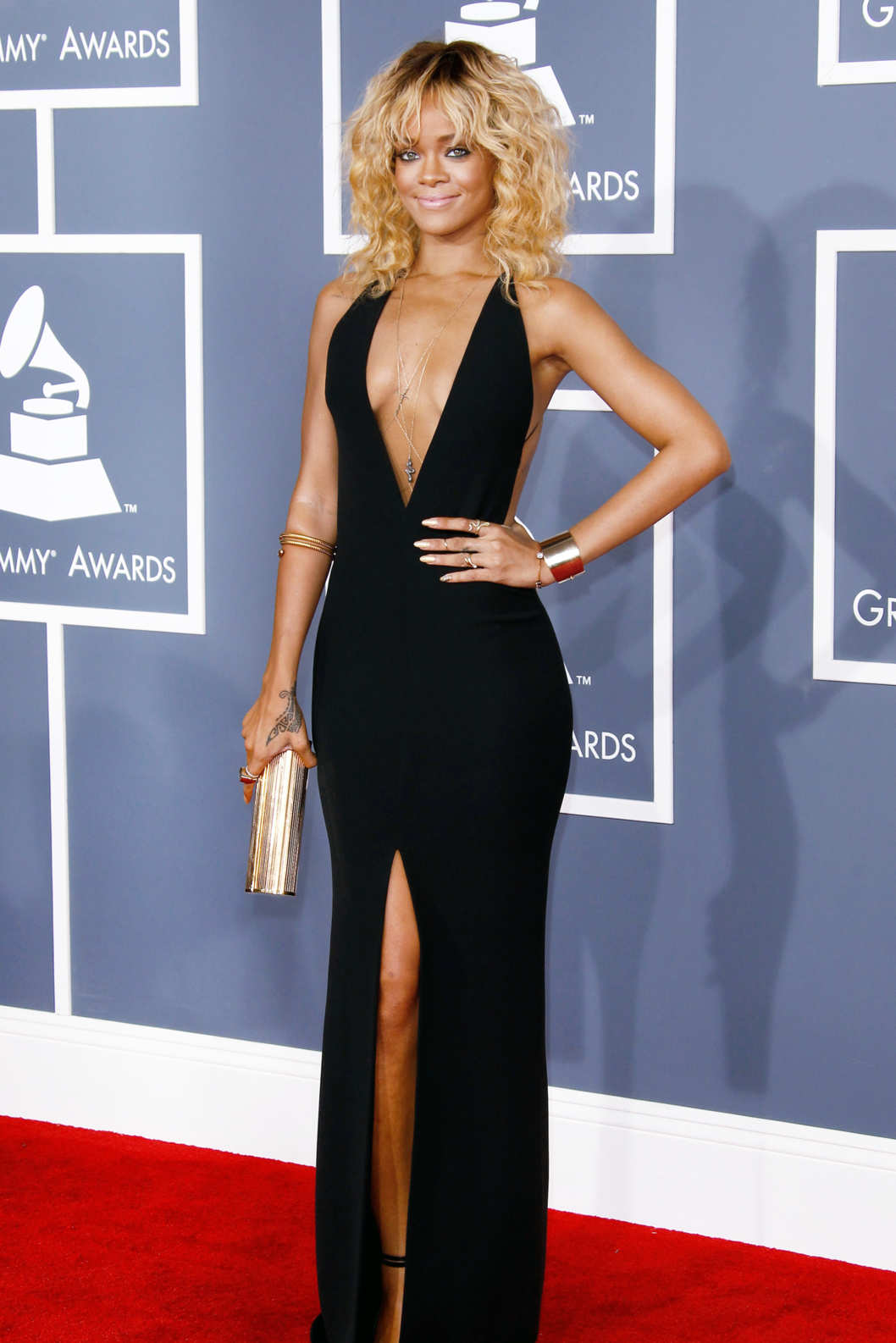 Singer Rihanna arrives at the 54th Annual GRAMMY Awards held at the Staples Center on February 12, 2012 in Los Angeles, California.