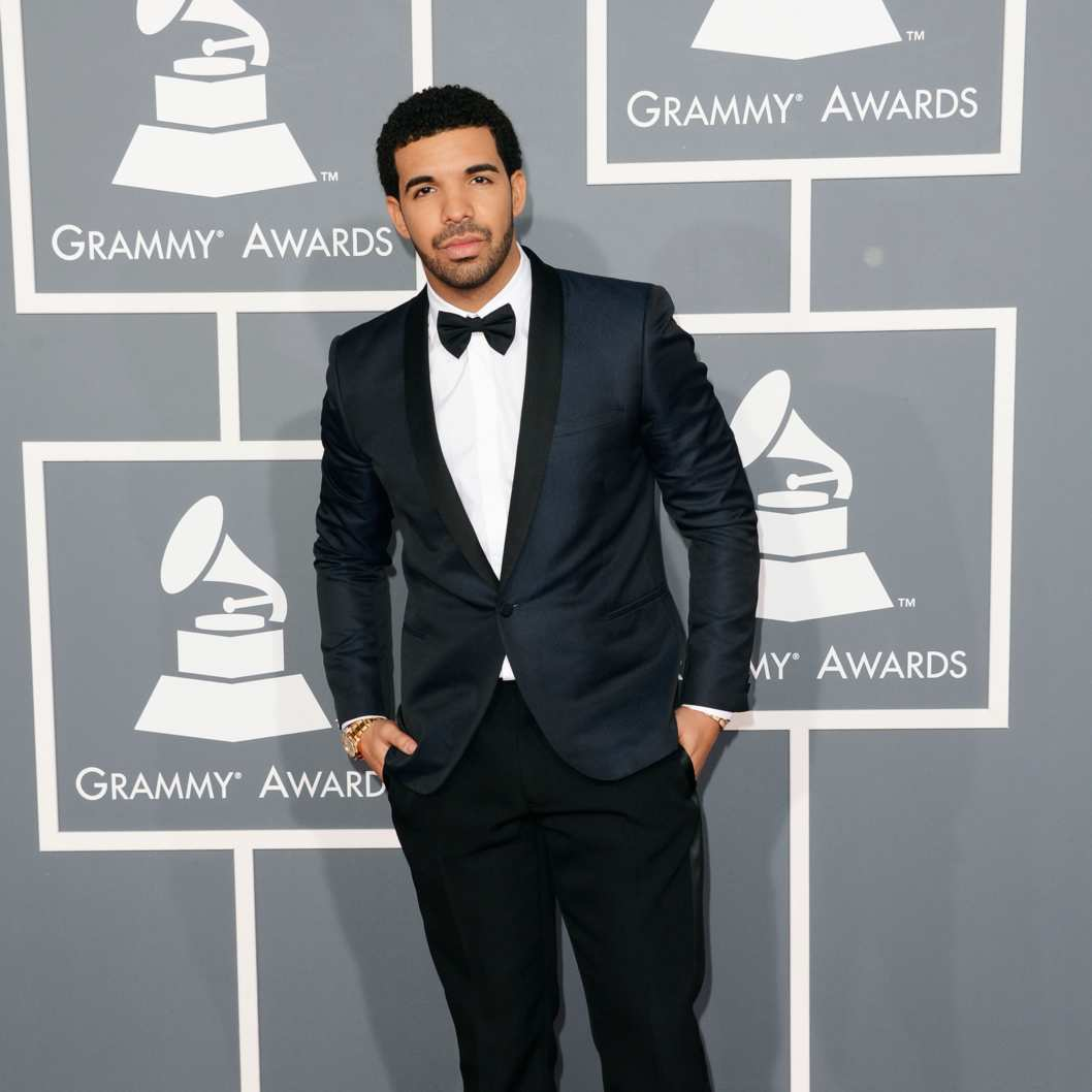 LOS ANGELES, CA - FEBRUARY 10:  Hip-hop artist Drake arrives at the 55th Annual GRAMMY Awards at Staples Center on February 10, 2013 in Los Angeles, California.  (Photo by Jason Merritt/Getty Images)